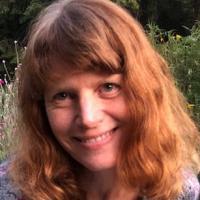 Photo of Nicole Watts