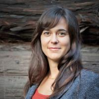 Photo of Lara Cushing