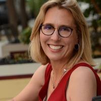 Photo of Susan Cholette